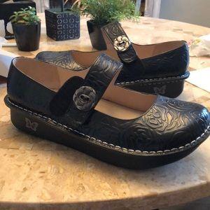 Alegria Paloma Black Embossed shoes